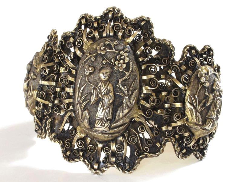 Chinese Silver He-Xiangu Bracelet